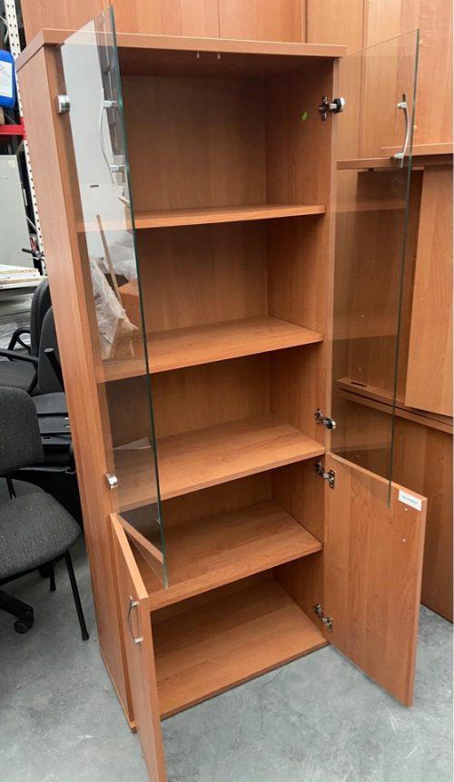 щкаф для документов с остеклением